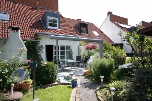 Überdachung mit Dachmarkise (01)