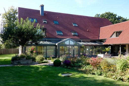 wintergarten_aluminium_mit_gaube_01