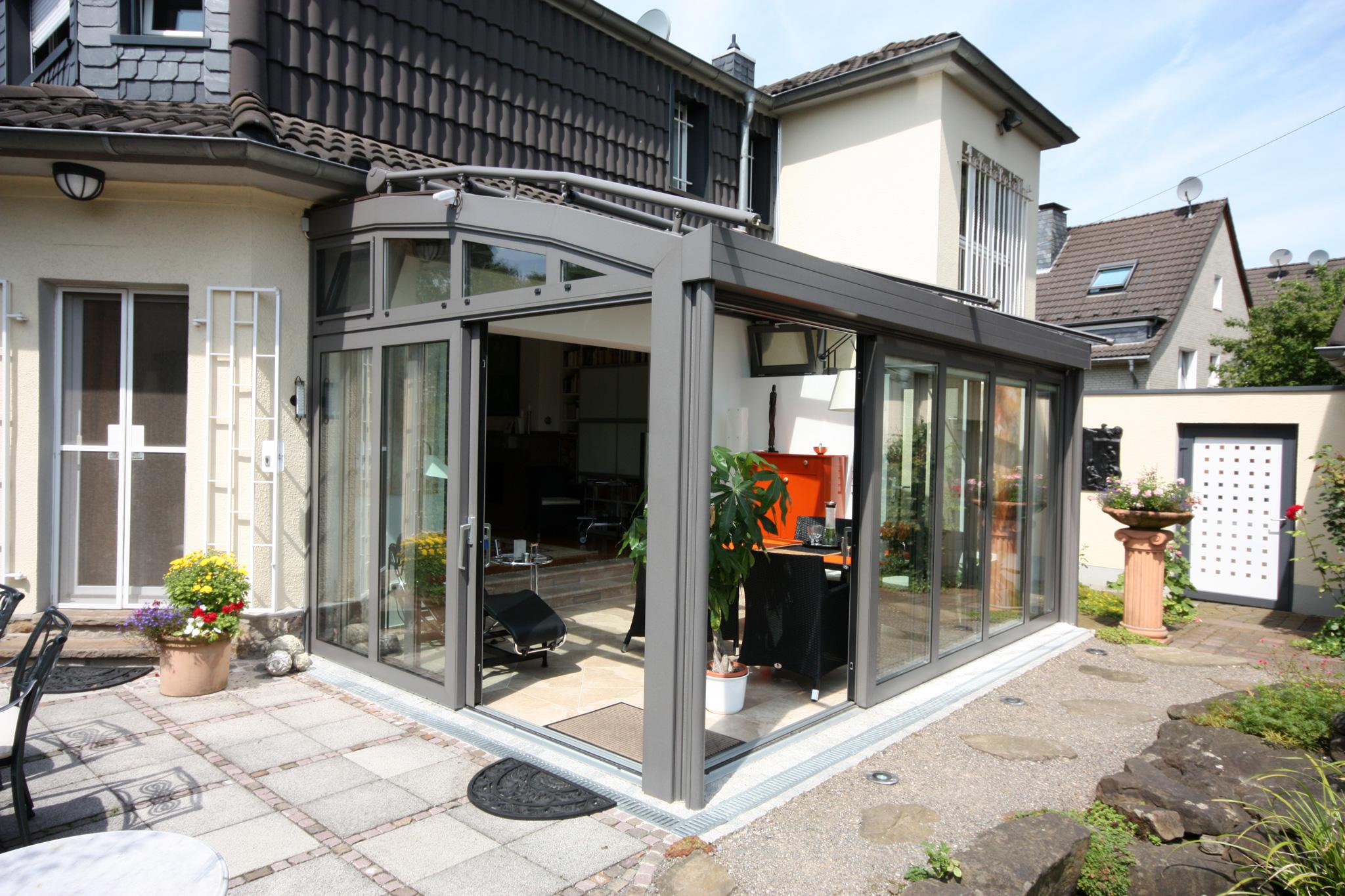 wintergarten mit bogendach glalum. Black Bedroom Furniture Sets. Home Design Ideas